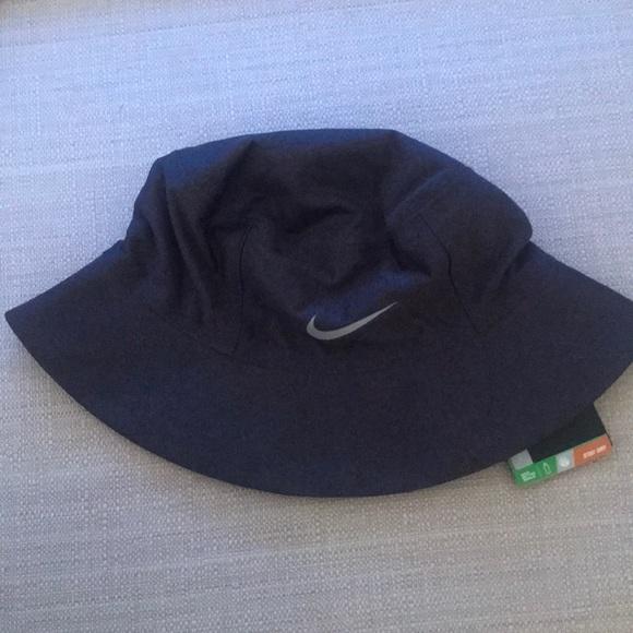 ee2baab92d0 Nike Golf dri-fit rain hat! Unisex.